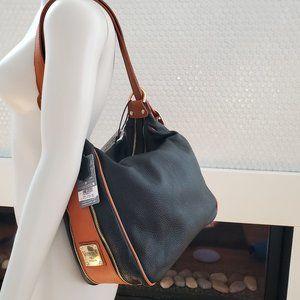 NWT Valentina Large Dual Pocket Shoulder Bag Sling
